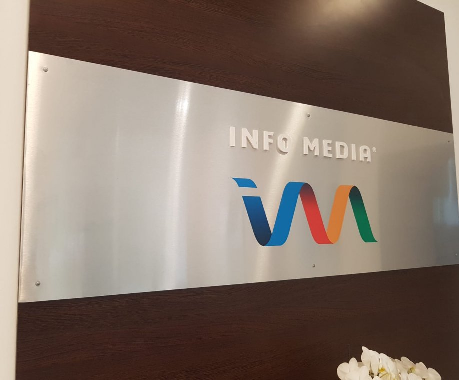 Despre noi InfoMedia Aplicatii in cloud integrate cu WinMentor, CRM, ERP, WMS
